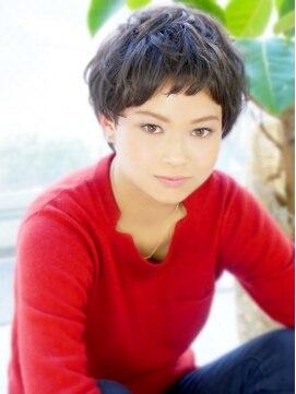 ヘア ジュレ ドゥ(hair jurer deux)【jurer☆花井】 外国の少年風ベリーショート