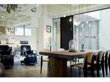 キートス ヘアデザイン(KIITOS. HAIR DESIGN)の雰囲気(古材を使った大きなテーブルでカラーの待ち時間もカフェ気分!!)