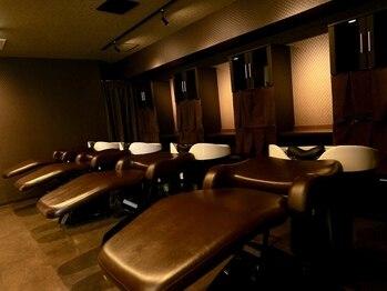 ルイマダーナ栄の写真/【栄1分★22時まで】美容業界最上級のベッドタイプシャンプ-台[YUME]で癒しのヘッドSPA!健康な頭皮と艶髪に