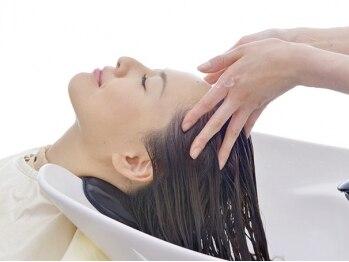 オーガニックプラス(Organic+)の写真/アロマの香りが特徴の贅沢な癒しスパ☆髪を洗うごとに癒され、頭皮も髪もストレスフリーの至福のひと時に…