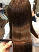 スウィニー トウキョウ(SWEENEY TOKYO)コスパ◎3ヶ月持続するツヤツヤ、サラサラ髪質改善【髪質改善】