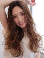 《Agu hair》女性らしさ満点のヘルシーウェーブ
