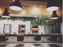 アグ ヘアー ガレージ 青葉台店(Agu hair garage)の雰囲気(こだわり抜かれた贅沢空間。居心地も良好です♪)