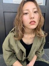 イフイイズカ (Ifh iizuka)ミディアム×アッシュベージュ