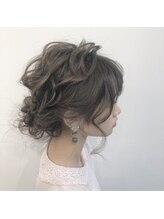 ナーリー(GNARLY Hair Design)ルーズカールアップ