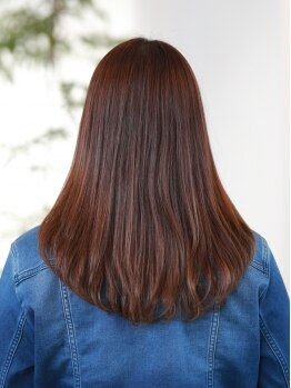 リジーヘアアンドスパ(Lizzy Hair&Spa)の写真/こだわりの天然素材薬剤【ヴィラロドラ】で髪にも頭皮にも優しく☆ツヤをまとった旬カラーに♪