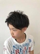 ヴォヤージュ ノシロ(VOYAGE NOSHIRO)アップバング 2ブロックマッシュ