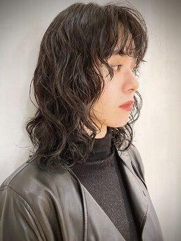 クリアオブヘアー リット(CLEAR of hair LiT)の写真/CLEARのパーマは再現性と質感のモチが違うと好評◎トリートメント効果でツヤと束感のあるオシャレヘアーに!