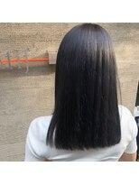 エムズキュラティフ(e'mZ Curatif)ツヤ髪ナチュラルストレート