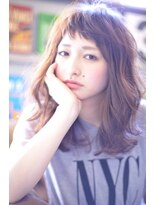 ラベリー(LOVELEY)LOVELEY オン眉ゆるウェーブ ミルクティーカラー☆404