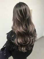 キング ヘアーアンドアイラッシュ(K!ng hair&eyelash)pinkveilホワイトハイライト+ヘルシーレイヤー