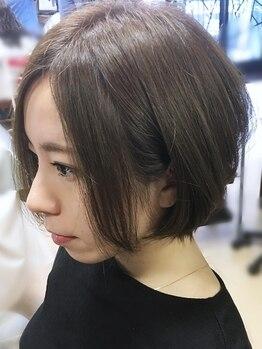 コーボ 柏(COVO)の写真/COVOのグレイカラーなら頭皮も髪もケア◎根元からふっくらボリュームup♪大人限定お得なクーポンご用意☆