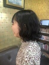 ヘアーサロン リュウズ(HairSalon Ryu's)ウェーブパーマで こなれヘアに