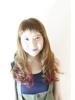 アロ (Alo hairdesign)お目立ち度◎髪に豊かなニュアンスを与えるロングヘア