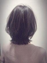 アドゥーヘアー(A do hair)外ハネミディ