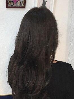 ヘアースタジオ ハーフバック 高尾店(HAIR STUDIO HALF BACKS×1/2)の写真/『カット+カラー+前処理TR¥5900』他にもお得なクーポン多数掲載☆幅広い世代のお客様から愛されるサロン!