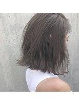 リマ(RIMA)【RIMA】 切りっぱなし質感ボブ×抜け感ハイライト