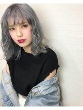 マーズ(Hair salon Mars)ブルーホワイトボブ