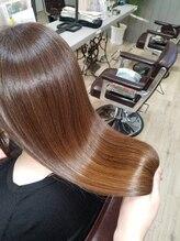 ルーミールーム(RoomieRoom)髪質のお悩みを改善していく