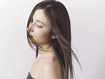 パールヘアデザイン(Pearl hair design)の写真/【大人女性から圧倒的人気】エイジング毛のうねりを解消し、髪の保湿とキューティクルを整えツヤを与える―