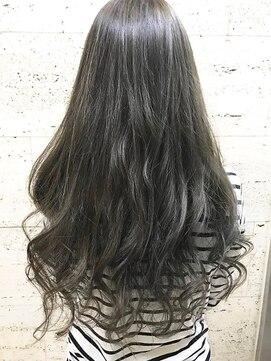 セシルヘアー 岡山駅前店(Cecil hair)アディクシーで作る☆黒髪アッシュとラフウェーブ