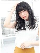 フリッカ(FLYCKA)黒髪フェミニンパーマ
