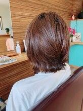 ヘアーズニップ(HAIR'S nip)重ためウルフのミディアムヘア