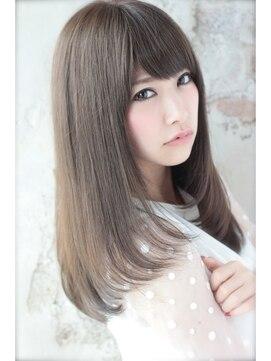 赤味黄味のないサラ艶カーキグレージュカラー 白髪染め対応
