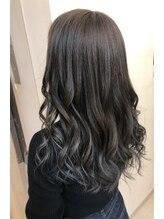 ヘアーアトリエア イヴィー(Hair Atelier Ivy)サファイアグレージュ