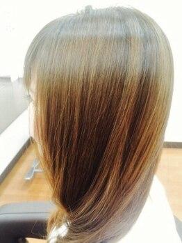 美容室 アンジェ(Ange)の写真/【伊集院】ダメージレスにこだわった施術&薬剤で、髪質改善◎髪を労わりながら綺麗なヘアをつくります♪