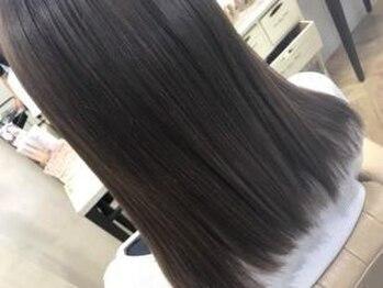 ヘアースタジオ ドゥドゥ(Hair Studio DoDo)の写真/【365日、毎日美しい髪に…】髪質や状態に合せて最適なトリートメントをご案内!!ツヤと手触りが断然◎