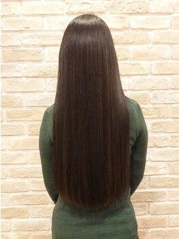 ハナハナ ゼスト御池(hana hana)の写真/【資生堂クリスタライジングストレート】を使用し髪へのダメージを考慮◎縮毛矯正+理想ヘアの提案が得意♪