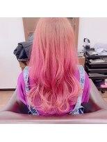 アールピクシー(Hair Work's r.Pixy)ハイトーンピンクカラー