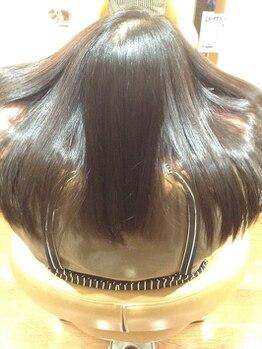 ペンシエロ(Pensiero)の写真/「髪質改善ヘアエステ×ハーブマジック」傷むだけの白髪染めは終わりにしませんか?傷ませないツヤ髪カラー!