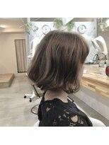 オーガニックヘアサロン ツリー(organic hair salon Tree)切りっぱなしボブ