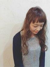 コクア ヘア ガレージ(kokua hair garage)ネイビーベージュ