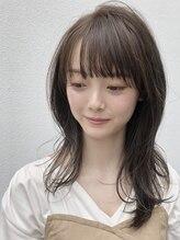 ソアヘアー(Soar hair)【外国人風】ミディアムレイヤー×マットアッシュ