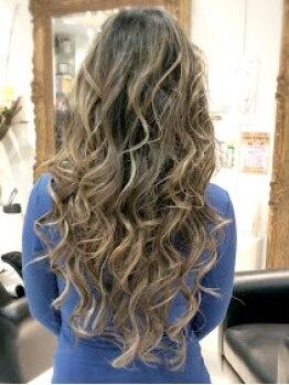 リキラブアンドボディ(RIKI LOVE&BODY)の写真/【100g付け放題メニュー有り!】自毛のようにさらっと馴染んで、自分の思い通りのスタイルを楽しめる☆