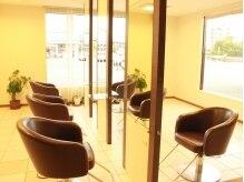 美容室べっぴん屋 ピュアクラブ 横手店(Pure club)の雰囲気(広々店内でゆったり施術を受けられます♪)