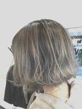 ヘアー ドレッシング ラビス(Hair Dressing Lovis)スモーキーショートグレー