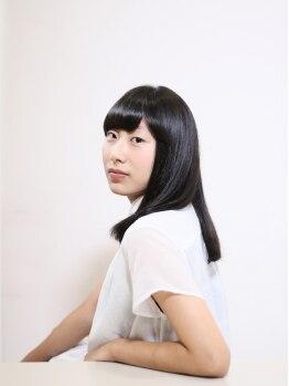 ワーズ フウ(Words-fuu)の写真/【髪にツヤを、心に余裕を】女性らしく毛先までツヤのあるサラサラストレートは永遠の憧れスタイル。