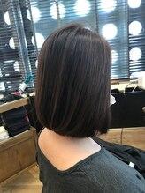 カットカットカットグランデ(Cut!Cut!Cut! GRANDE)私もともとこの髪質だったかしら?と思うほどの自然なストレート