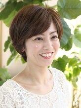 ニチニチ(nichi nichi)アッシュブラウン&オトナきれいなショート