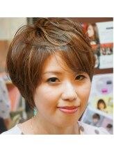 ヘアデザイン スプーン(Hair design spoon)ナチュラルショート