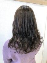アドゥーヘア ヴィス(A do hair vis)グレーアッシュ