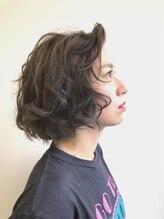 パチャールヘアー(PACAR HAIR)『遊び心のあるヘルシー大人ニュアンスヘア』