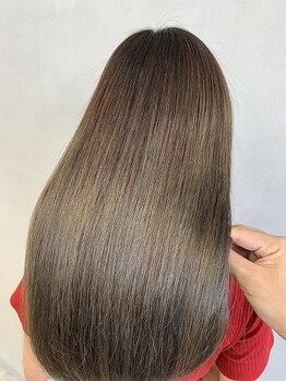 レックス コル(REX COR)の写真/【ダメージレスに特化】輝くツヤ髪が叶うの髪質改善トリートメント[サイエンスアクア]で美髪チャージ!