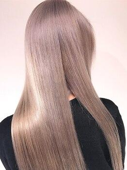 ラピス テラス 渋谷(Lapis terrace)の写真/自社開発のTrも人気♪ハイトーンもグラデカラーもツルンとした美髪に仕上がる上質トリートメントが大人気★