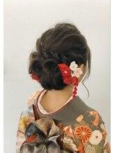 ヘアアンドメイク オプシス(Hair&Make OPSIS)背の高い方の振袖ヘアスタイル