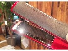ヘアーエゴアンバー(HAIR EG-O Amber)の雰囲気(特許技術採用のストレートアイロンでしっとり潤艶美髪に!)